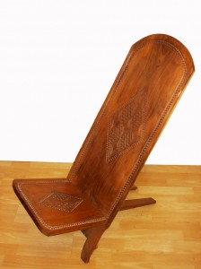 chaise africaine ancienne